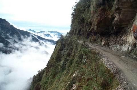 1. Jalan Maut di Bolivia4