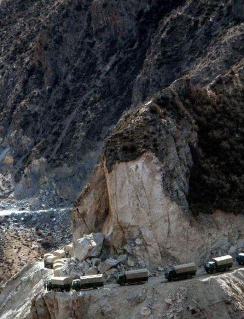 5. Jalan Raya Sichuan – Tibet di Cina1