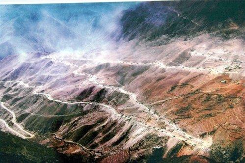 5. Jalan Raya Sichuan – Tibet di Cina5