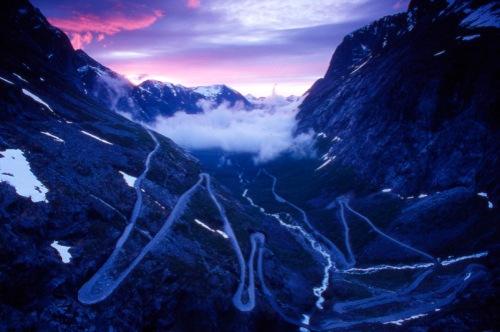 8. Trollstigen di Norwegia1