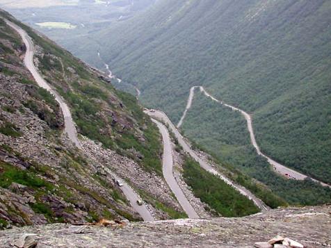 8. Trollstigen di Norwegia2